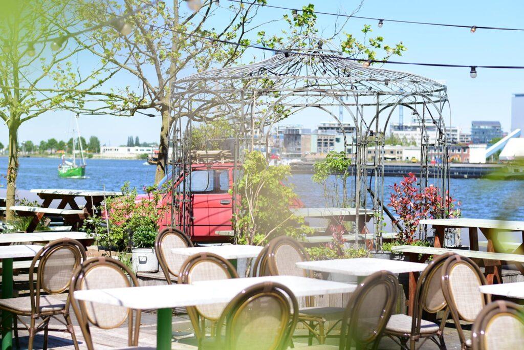 Cafe Restaurant Nieges