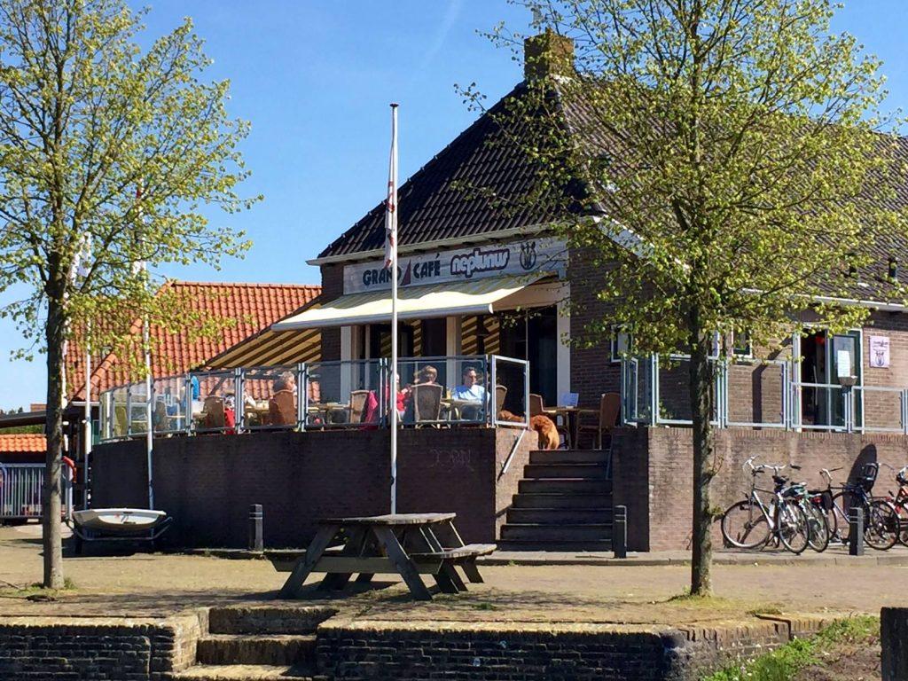 Grand Café Neptunus R