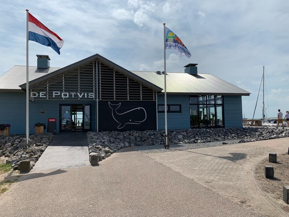 Strandpaviljoen de Potvis