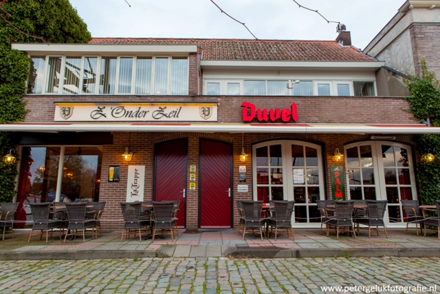 Z' Onder Zeil Restaurant en Cafe