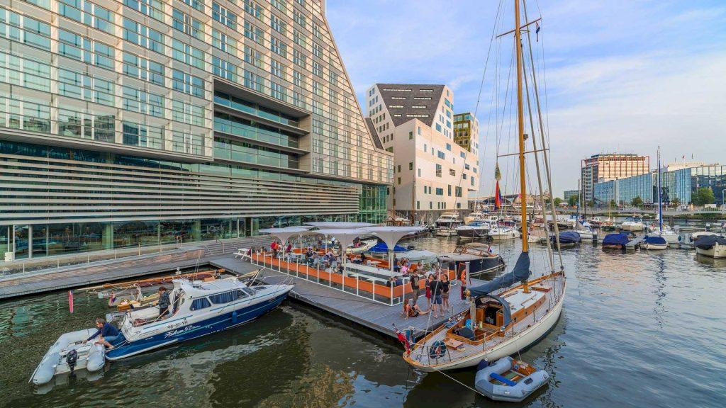 I-Dock Restaurant