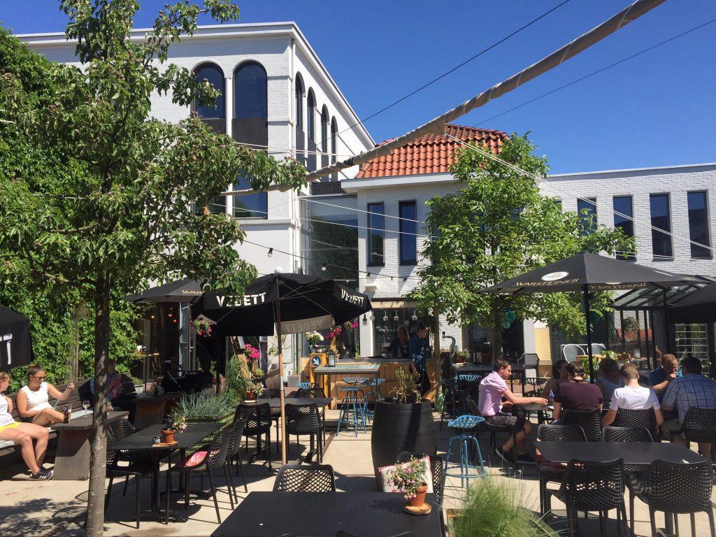 Kroast Cafe Restaurant