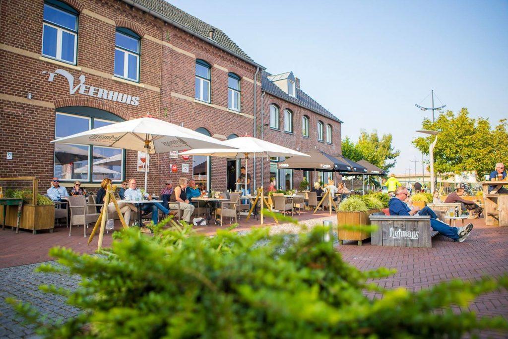Café-Maasterras 't Veerhuis